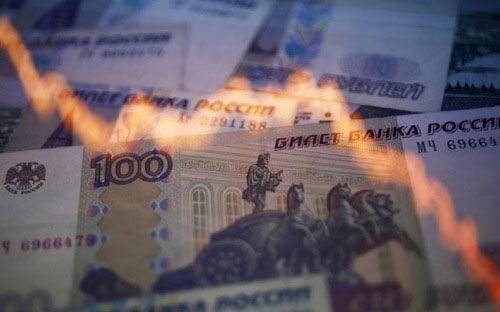 Rúp Nga rớt giá vì xung đột với Ukraine leo thang