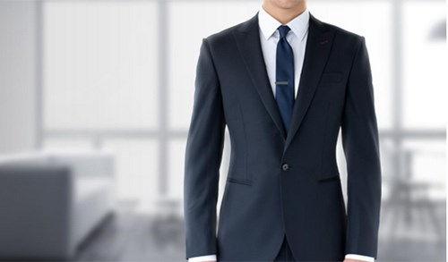 Phong cách chuyên nghiệp qua cách lựa chọn trang phục
