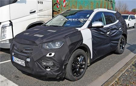 Dòng xe Hyundai mang hình ảnh SantaFe 2016