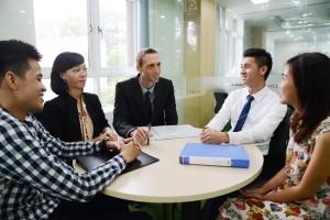 12 kỹ năng giao tiếp cần có trong kinh doanh_ định kiến quan điểm