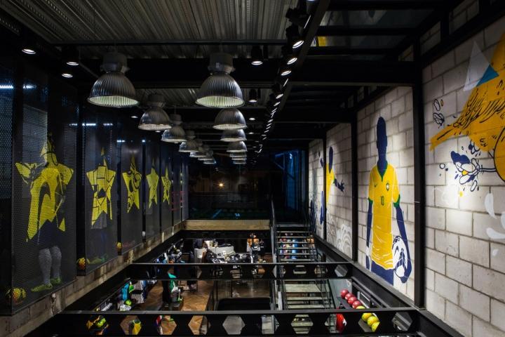 Nike làm chủ Cửa hàng tại Brazil nhân dịp World Cup 2014