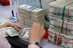 Ngân hàng nhà nước thu mua một lượn lớn ngoại tệ