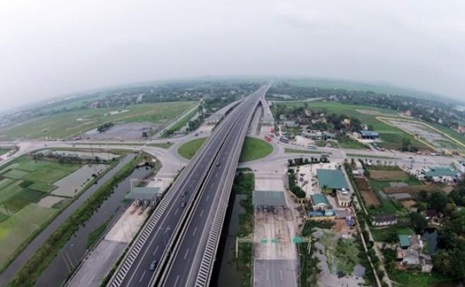 """VEC """"ông trùm"""" đường cao tốc Việt Nam"""