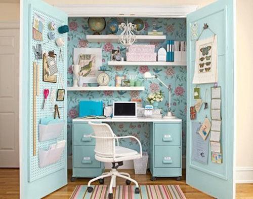 Văn phòng làm việc từ chiếc tủ quần áo
