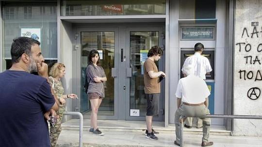 ngân hàng Hi Lạp đóng cửa