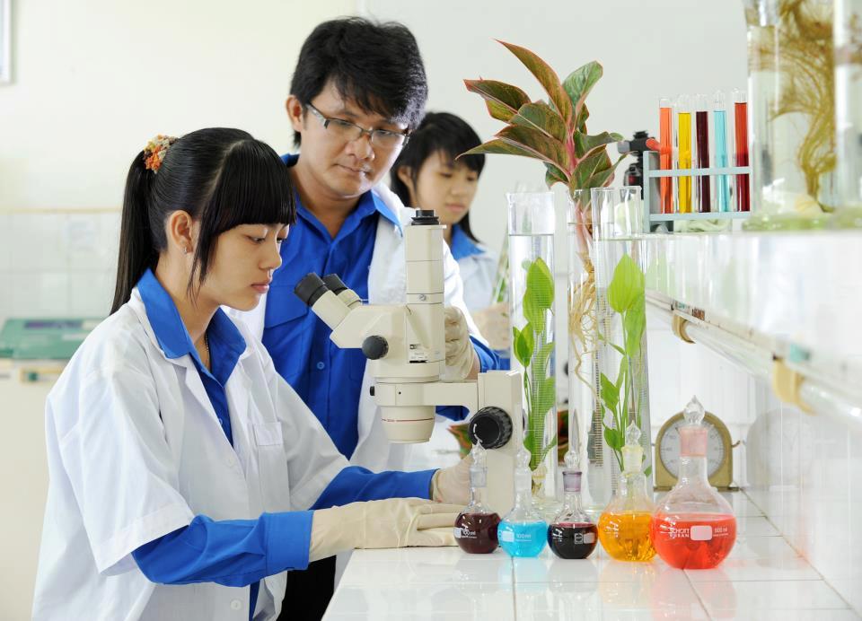 Tìm hiểu về ngành công nghệ sinh học và định hướng cho tương lai