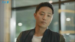 """Seo Dae Young và phong cách thời trang trong """"Hậu duệ mặt trời"""""""
