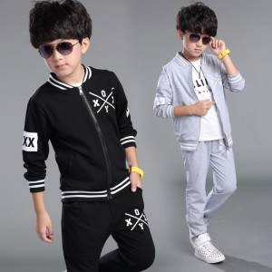 Quần áo thể thao trẻ em