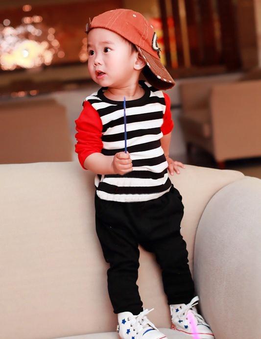 Mẫu quần áo xuất khẩu cho bé trai phong cách hip hop