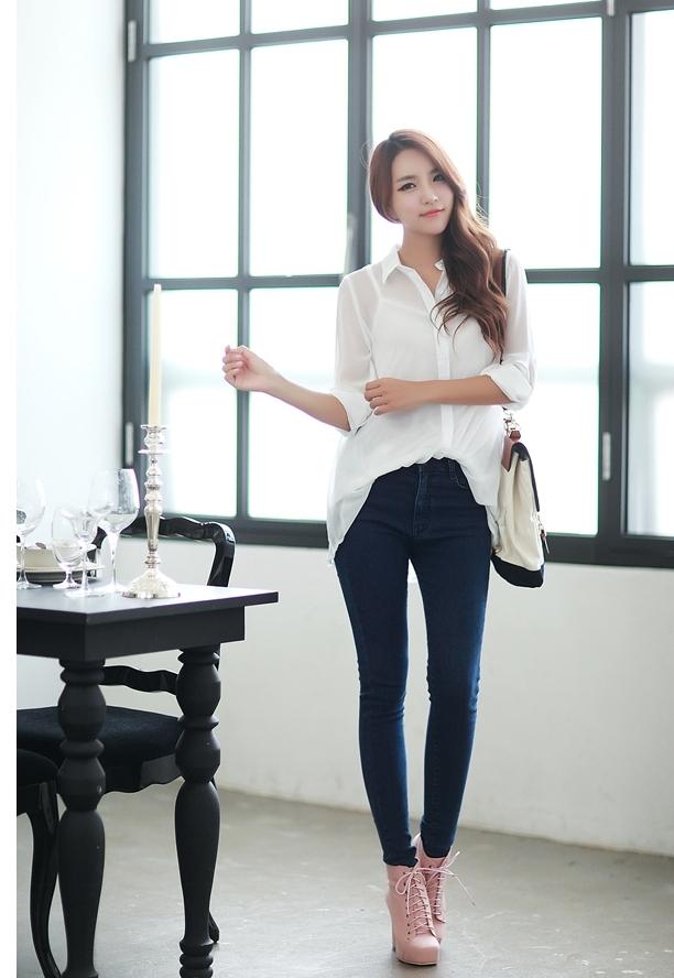Những kiểu mix quần jean với áo sơ mi không phải ai cũng biết